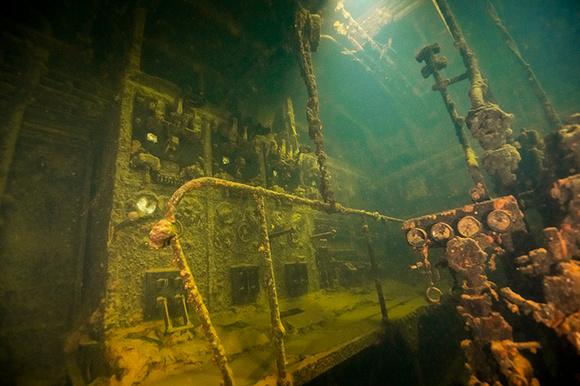 Kensho Maru Engine Room